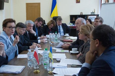 Закон Про освіту – спільний договір України і Польщі як компроміс ст. 7