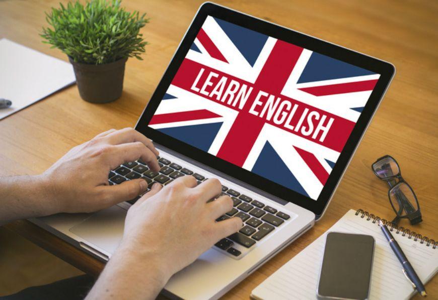 Вивчення англійської в Україні онлайн: куди поступати