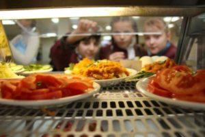Обов'язкове харчування в школах 2018: в Раді зареєстрували законопроект