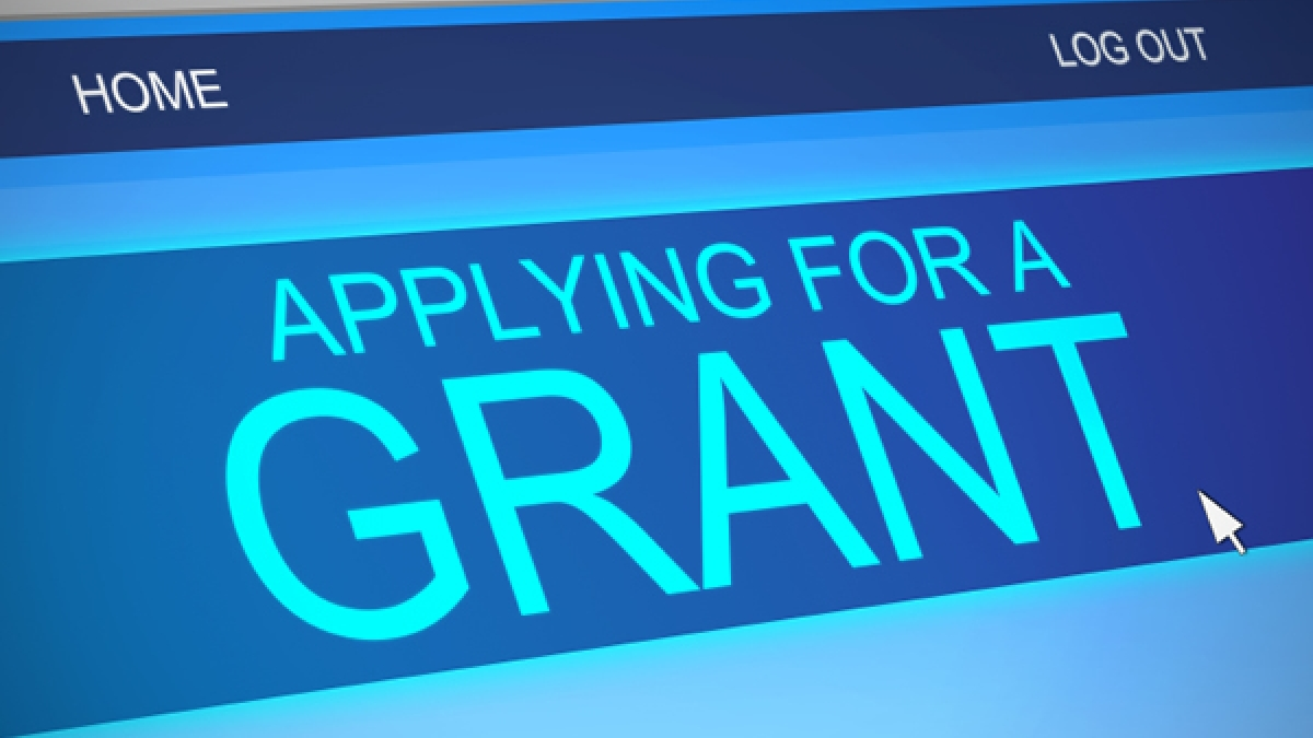 Як отримати стипендію або грант на навчання?