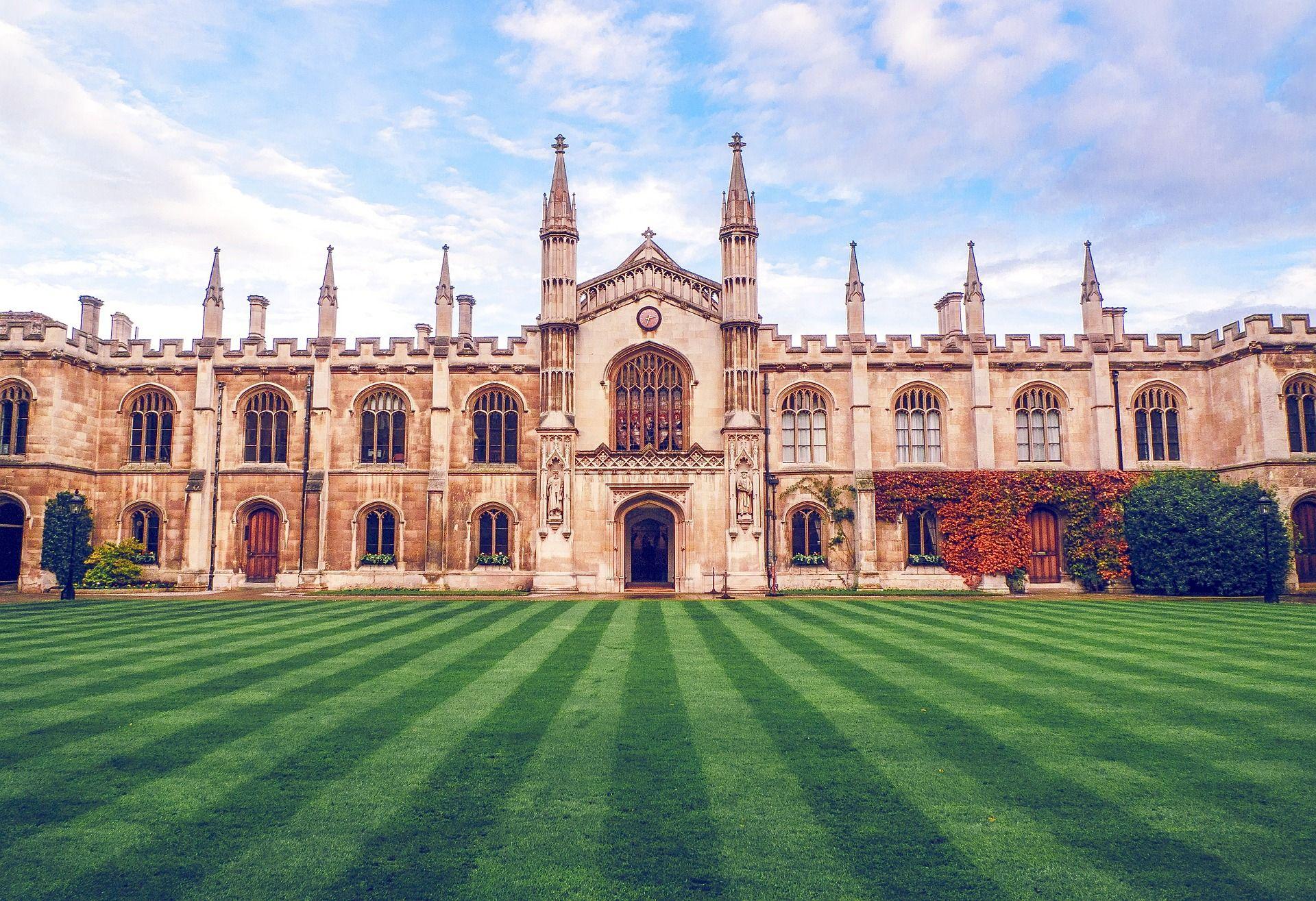 Топ 10 найстаріших університетів