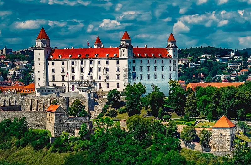 Навчання в Словаччині. як знайти і вступити в університети Словаччини.Освіта за кордоном